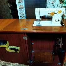 Швейная машинка Чайка 142 М, в г.Днепрорудное