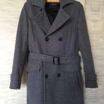 Симпатичное молодежное зимнее пальто, в Кстове