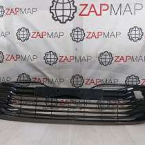 Решетка бампера переднего Toyota Camry V70, XV70, в г.Баку