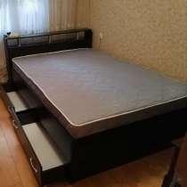 Кровать с матрасом и ящиками, в Санкт-Петербурге