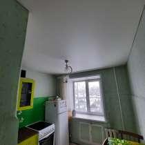 Продам 1 квартиру. Ул. Кустарная, 22а. Окна пластиковые, в Прокопьевске