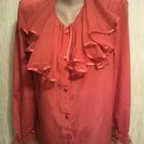 Шелкавая блузка красного цвета. Белая Блузка, в Москве