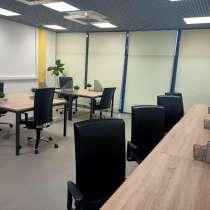 Этаж оборудованных офисов, с мебелью, в Москве
