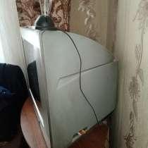 Продам телевизор Ролсен японская трубка, плоский экран, в Иркутске