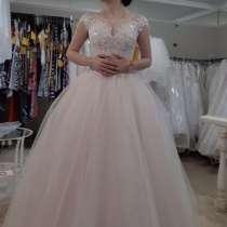 Платье свадебное/выпускное, в Твери