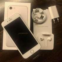 Новый Apple IPhone 7 32Гб silver, в Химках