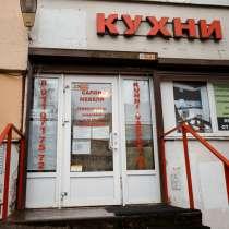 Мебельный салон у м. Озерки, чист. п.144К в мес, в Санкт-Петербурге