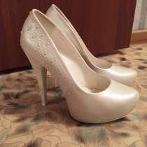 Продам женские туфли, в г.Астана