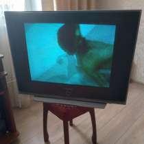 Продам телевизор б/у, в Москве