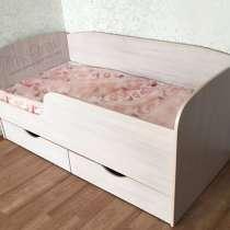 Детская кровать с ящиками, в Челябинске