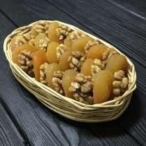 Орехово фруктовое ассорти из кураги, ядра грецкого ореха, в г.Одесса