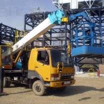 Услуги японского автокрана - вышки 5 тонн, вылет стрелы 25м, в Екатеринбурге