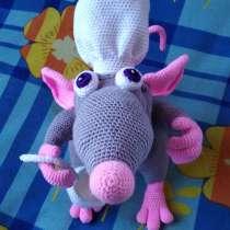 Крысёнок - повар (вязаная игрушка), в г.Макеевка
