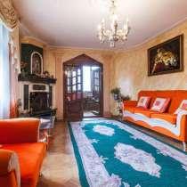Продаю трехкомнатную квартиру в кирпичном экологическом доме, в г.Тбилиси