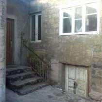 Продажа дома с участком в Ереване, в г.Ереван