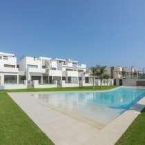 Недвижимость в Испании, Новые бунгало в Торре де ла Орадада, в г.Pilar de la Horadada