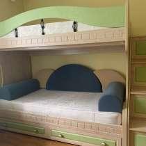 Кровать двухъярусная, в Кирове