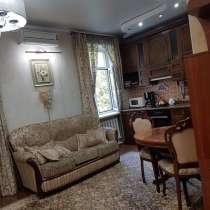 Продается шикарная 2-х комнатная квартира - студия. Сталинка, в г.Бишкек