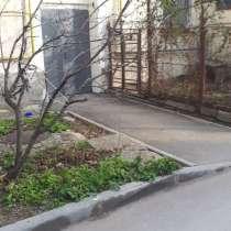Комната в трёхкомнатной квартире, в Севастополе