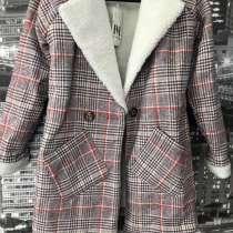 Тёплое лёгкое пальто из овечьей шерсти, в Уфе