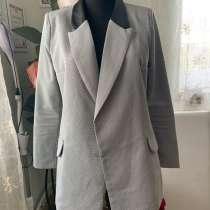 Удлиненный пиджак, в Переславле-Залесском