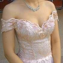 Красивое вечернее платье, выпускное платье, свадебное платье, в Таганроге