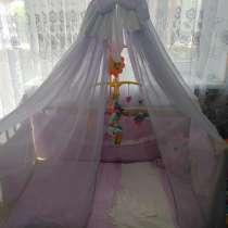 Детская кроватка кремового цвета, в Георгиевске