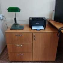 Продам офисный стол с тумбой, в Иванове