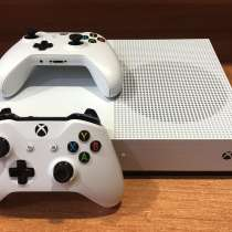 Xbox One S 1tb, в Иркутске