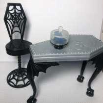 Кукольный стол, стул и тортик, в Санкт-Петербурге