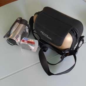Продам видеокамеру почти новая, в Екатеринбурге