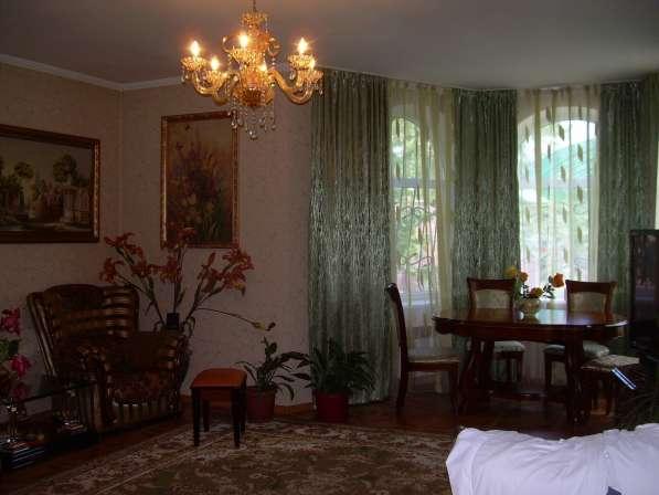 Продам 3х этажный дом (180 м2, земля-15 соток) в с. Поляна в Бахчисарае фото 3