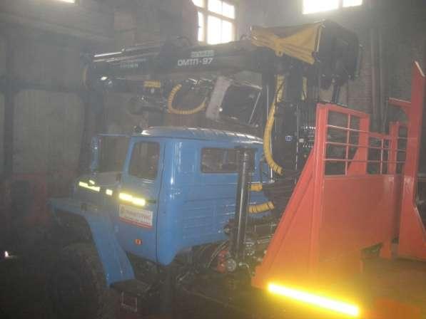 Лесовоз Урал 2006 г.в. полный капремонт 2016 г. с новым двс ДВС-ЯМЗ 238