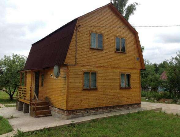 Продается жилой дом с участком 15 соток в пгт. Уваровка, Можайский район, 132 км от МКАД по Минскому шоссе.