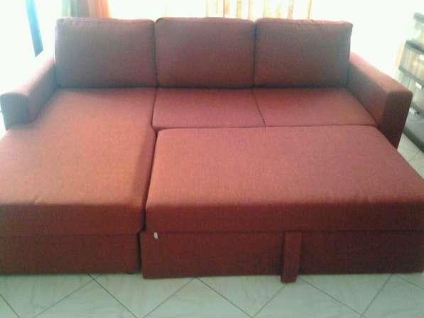 Продам угловой диван в зал