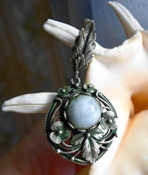 Продам серьги с натуральным камнем