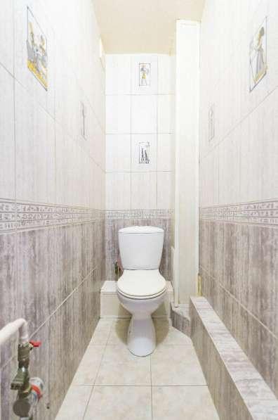 Продается двухкомнатная квартира улучшенной планировки, S=50 в Екатеринбурге