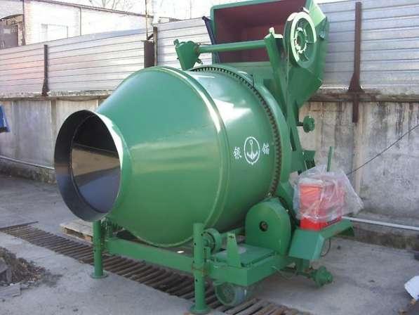 Бетономешалка стационарная на 350 литров новая на стоянке