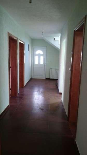 Новый дом 200 кв. м. в поселке Добра Вода. Черногория в фото 6