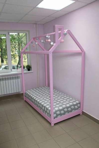 Кроватка-домик (Монтессори)