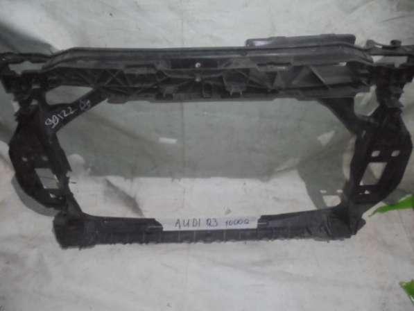 Передняя панель Audi Q3