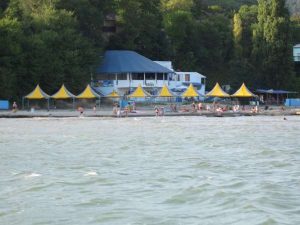 Продаётся база отдыха на Чёрном море в Геленджике