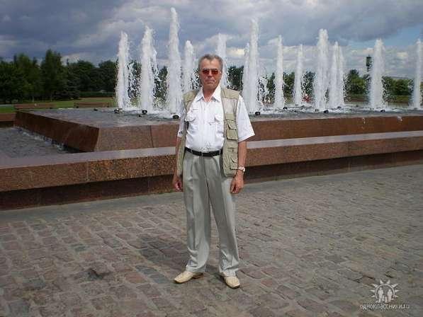 Виктор Николаевич, 69 лет, хочет пообщаться