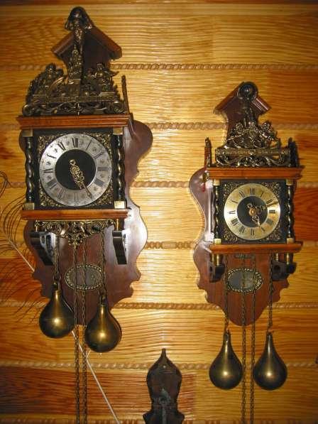 Старинные настенные голландские часы с боем