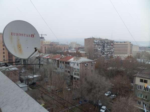 Yerevan, Centre, near Republik square&M. Mashtօts Ave в фото 5