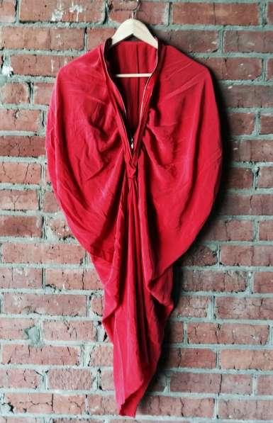 Платье дизайнерское, 100% шёлк.