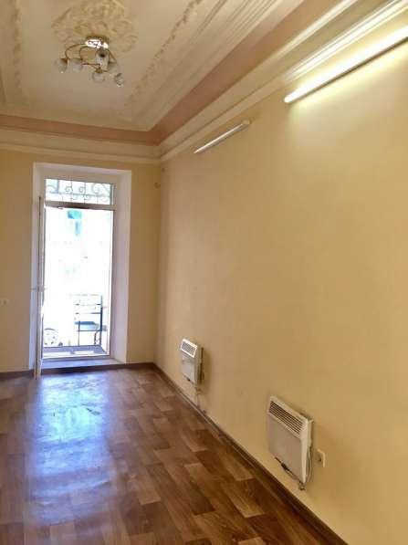 Продаю нежилое помещение в центре отдельный вход