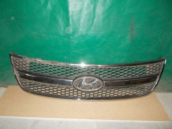 Hyundai Grand Starex H1 Решетка радиатора б/у Оригинал