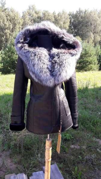Натуральная кожа с воротником Чернобурки