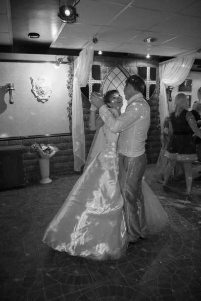 Ведущая и DJ на свадьбу, юбилей